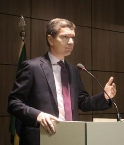Ministro Fabiano Silveira se apresentou aos servidores do órgão e reforçou a abertura de um canal de diálogo permanente Ascom/MTFC